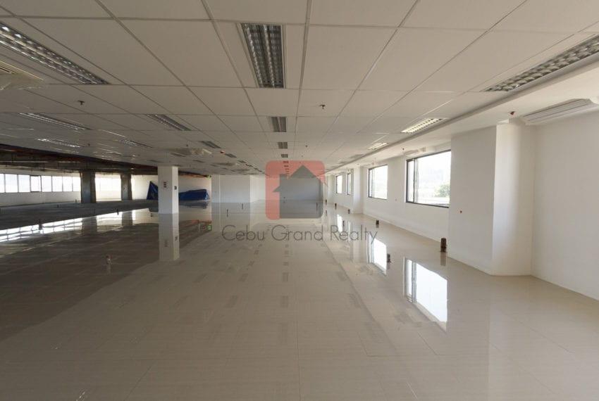 RCP171 Office Space for Rent in Mandaue City Cebu Grand Realty (1)