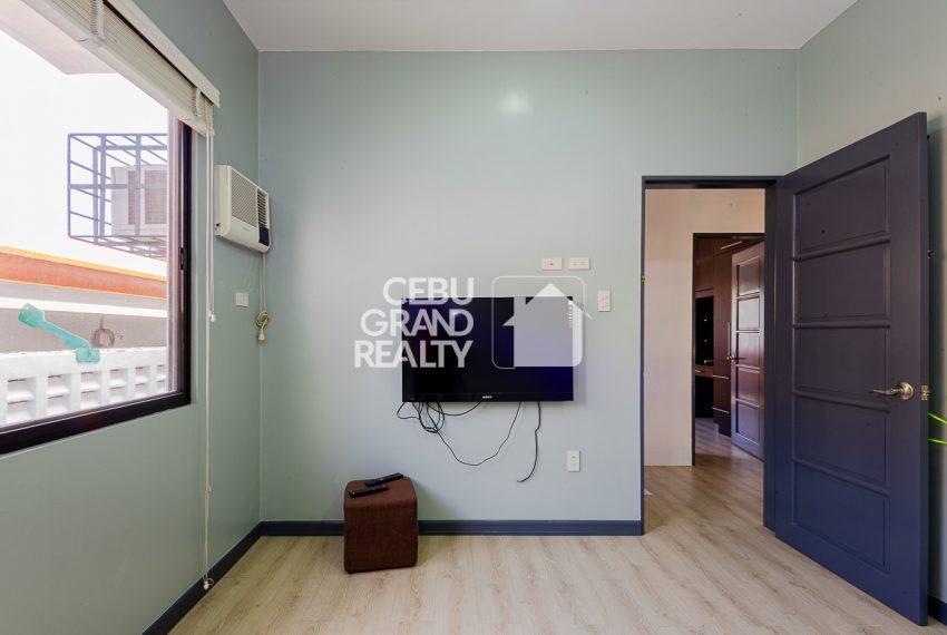 SRBSTM2 Furnished 3 Bedroom House for Sale in St. Michael Village - Cebu Grand Realty (11)