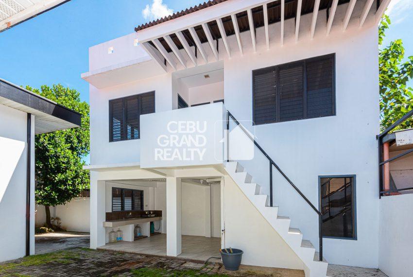 SRBSTM2 Furnished 3 Bedroom House for Sale in St. Michael Village - Cebu Grand Realty (13)