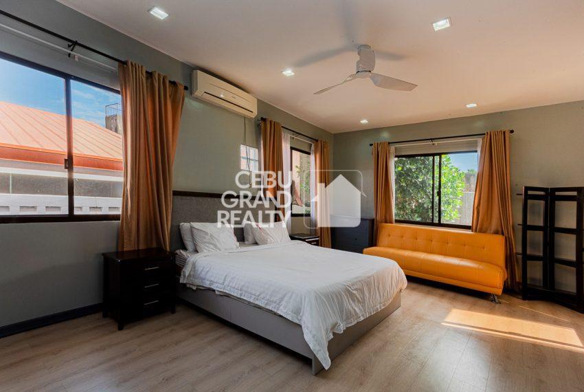 SRBSTM2 Furnished 3 Bedroom House for Sale in St. Michael Village - Cebu Grand Realty (9)
