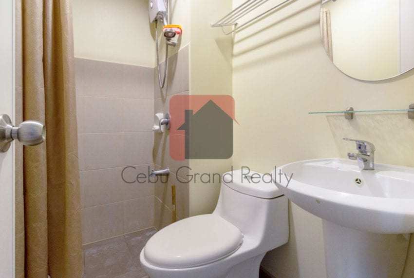 RCAR13 Studio for Rent in Cebu IT Park Cebu Grand Realty