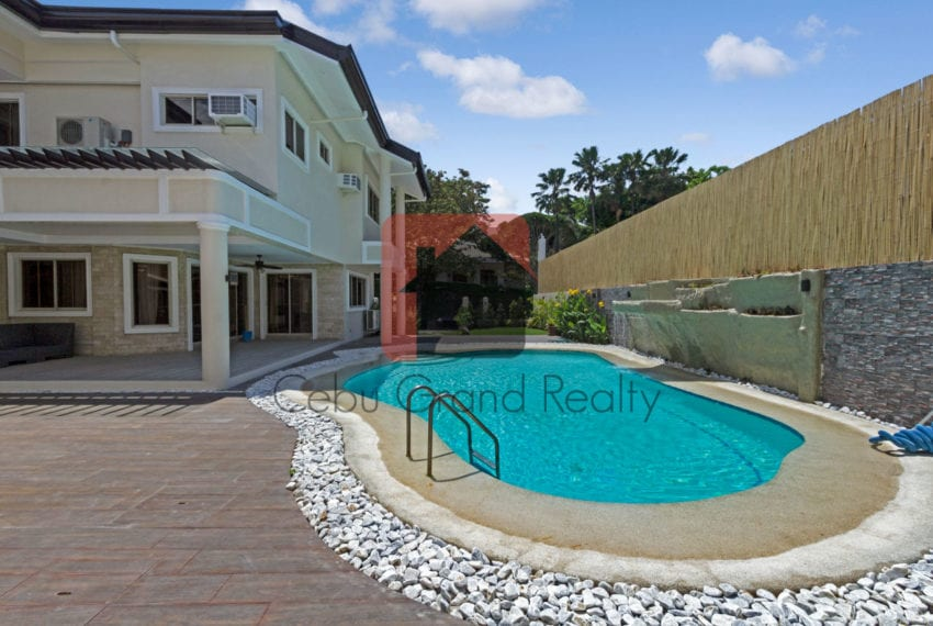 RHNT22 4 Bedroom House for Rent in North Town Homes Cebu Grand R