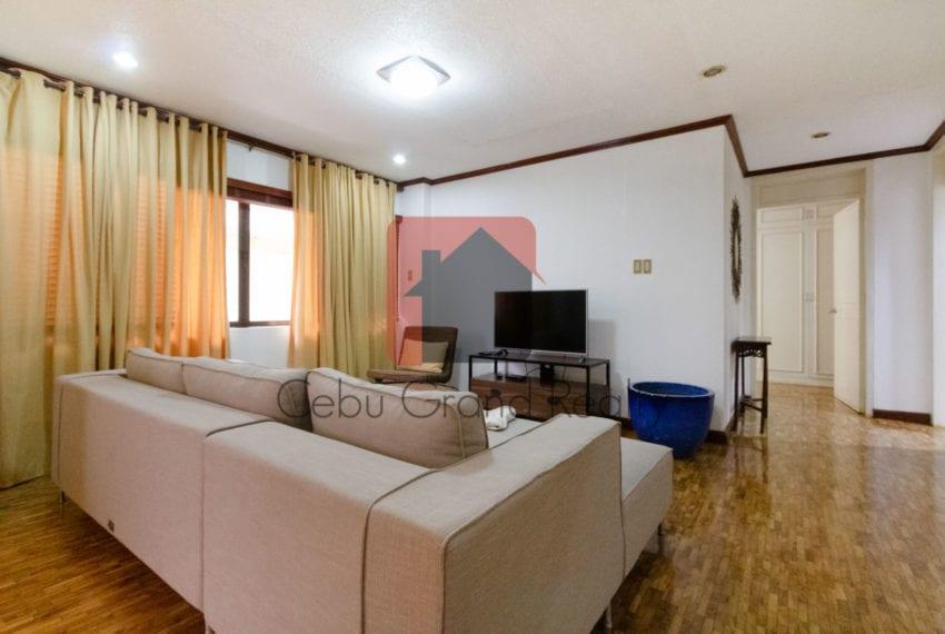 RCREC3 Spacious 2 Bedroom Condo for Rent in Banilad Cebu Grand R