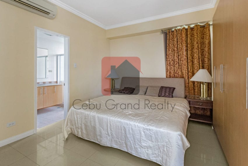 RCCL18 2 Bedroom Condo for Rent in Citylights Gardens Cebu Grand