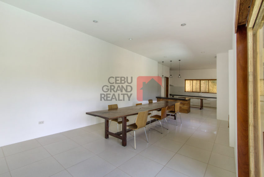SRBNT5 5 Bedroom House for Sale in North Town Homes - Cebu Grand