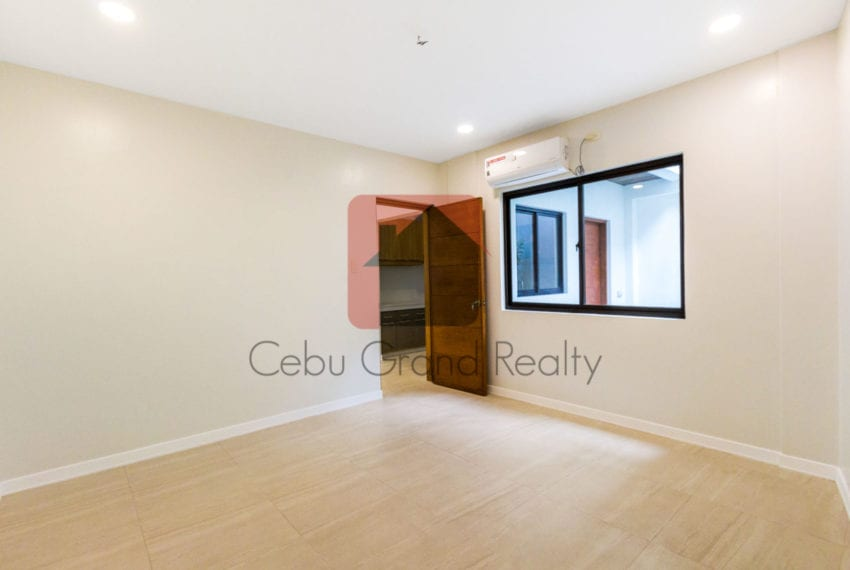 SRBSA1 Brand New 4 Bedroom Duplex House for Sale in Banilad Cebu