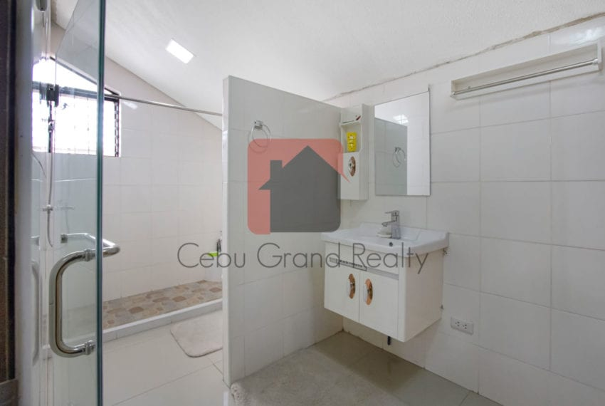 SRBSV1 5 Bedroom House for Sale in Mandaue - Cebu Grand Realty