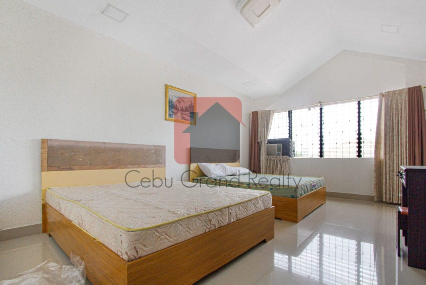 SRBSV1 5 Bedroom House for Sale in Mandaue - Cebu Grand Realty