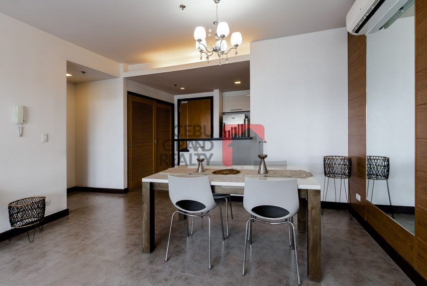 RCTS5 2 Bedroom Condo for Rent in 1016 Residences Cebu Business -Park Cebu Grand Realty (4)