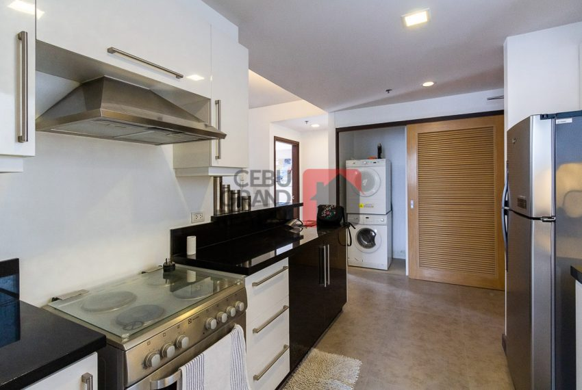 RCTS5 2 Bedroom Condo for Rent in 1016 Residences Cebu Business -Park Cebu Grand Realty (6)