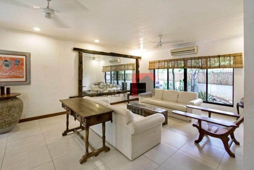 SRBSTM1 4 Bedroom House for Sale in Banilad Cebu Grand Realty