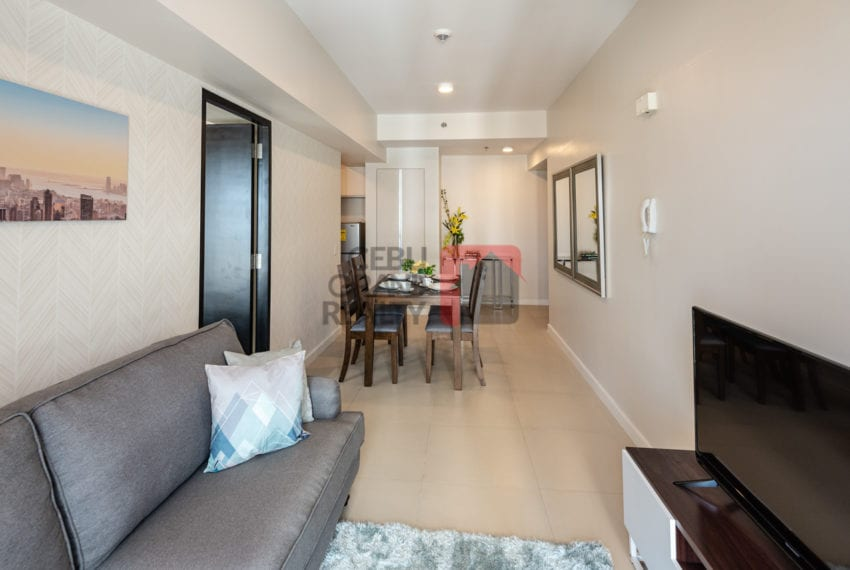 RCS16 Furnished 1 Bedroom Condo for Rent in Cebu Business Park Cebu Grand Realty-2