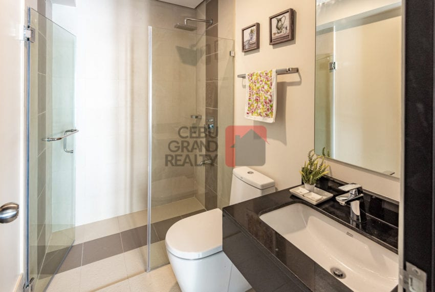 RCS16 Furnished 1 Bedroom Condo for Rent in Cebu Business Park Cebu Grand Realty-7
