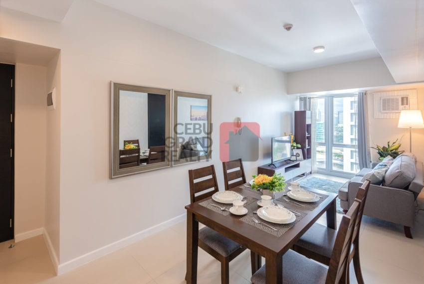 RCS16 Furnished 1 Bedroom Condo for Rent in Cebu Business Park Cebu Grand Realty
