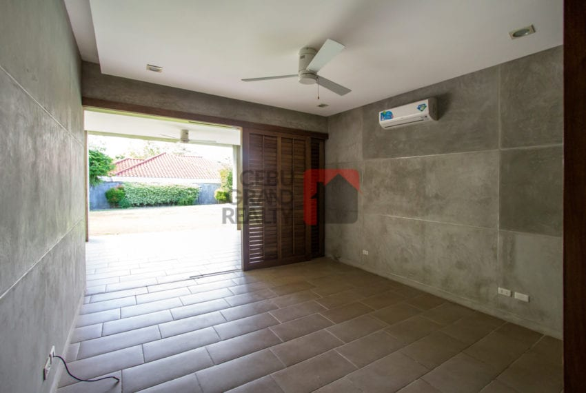 RHNT9 Spacious 4 Bedroom House for Rent in North Town Homes Cebu