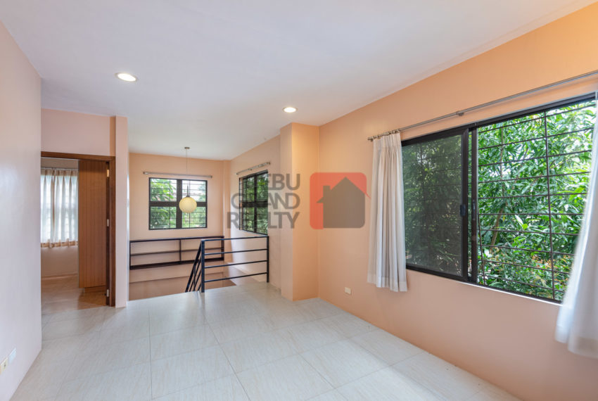 SRBMV2 3 Bedroom House for Sale in Talamban - Cebu Grand Realty