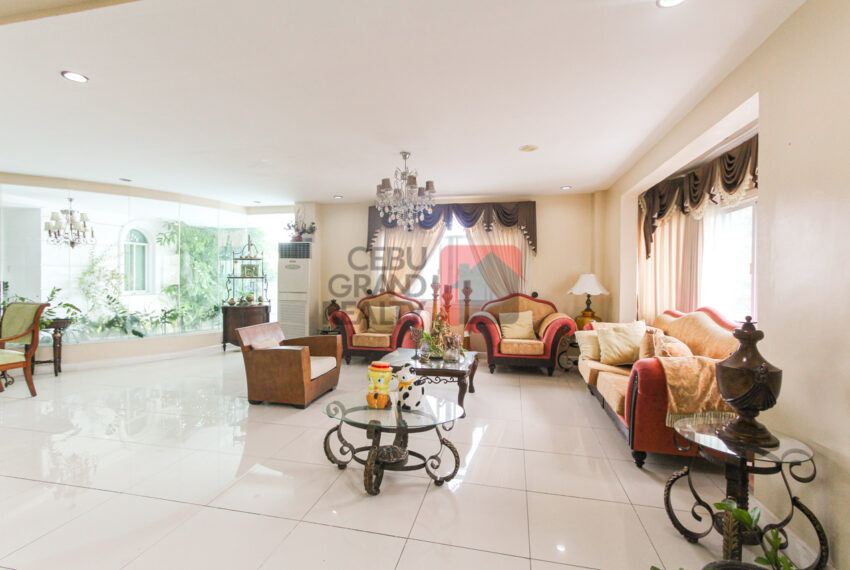 RHML82 Large 6 Bedroom House for Rent in Maria Luisa Park - Cebu
