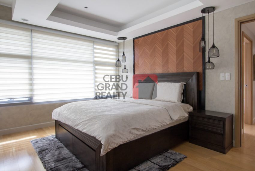 RCPP13 Modern 2 Bedroom Condo for Rent in Park Point Residenes -