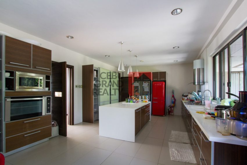 RHML25 Modern 4 Bedroom House for Rent in Maria Luisa Park - Ceb