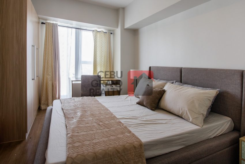 RCS25 Fully Furnished 2 Bedroom Condo for Rent in Solinea Towers - Cebu Grand Realty (5)