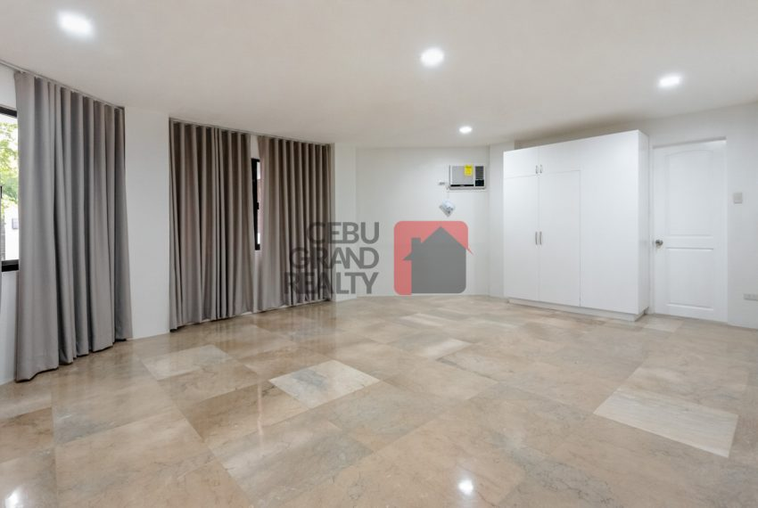 RHNT28 Renovated 8 Bedroom House for Rent in North Town Homes - Cebu Grand Realty (14)