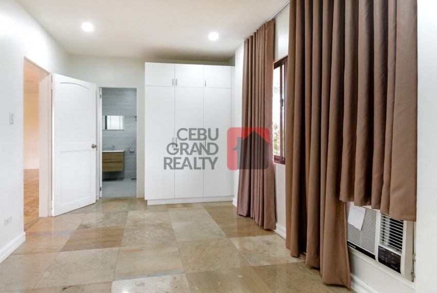 RHNT28 Renovated 8 Bedroom House for Rent in North Town Homes - Cebu Grand Realty (20)