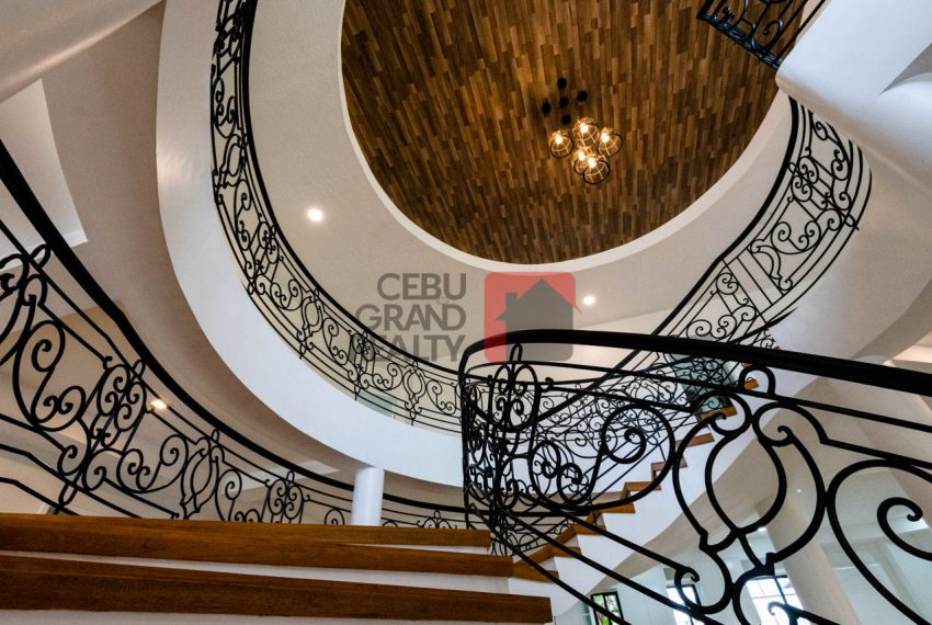 RHNT28 Renovated 8 Bedroom House for Rent in North Town Homes - Cebu Grand Realty (5)