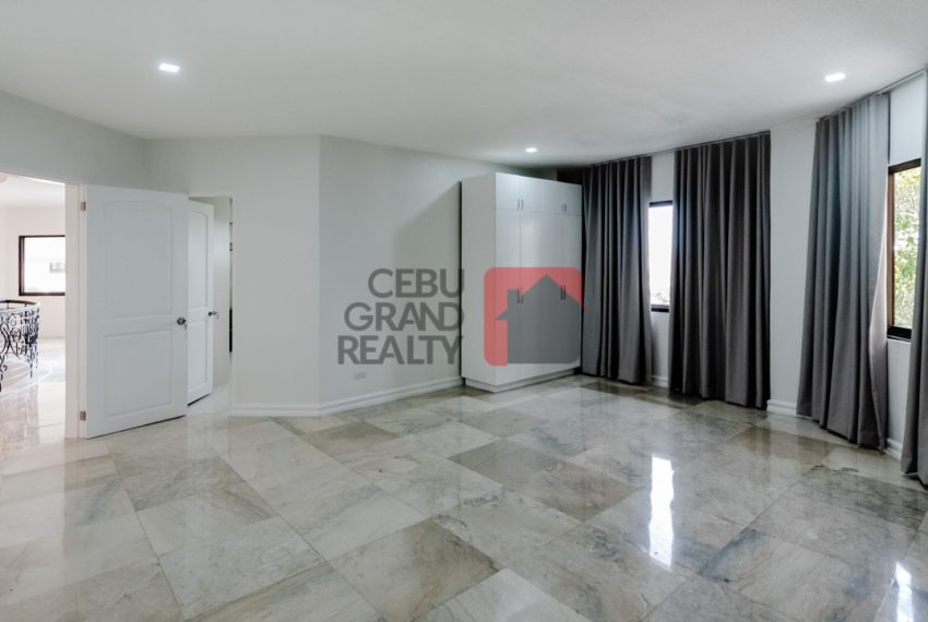 RHNT28 Renovated 8 Bedroom House for Rent in North Town Homes - Cebu Grand Realty (8)