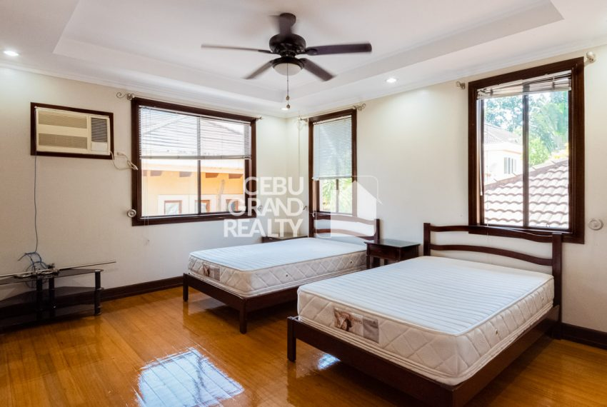 RHNT29 Semi-Furnished 4 Bedroom House for Rent in North Town Homes