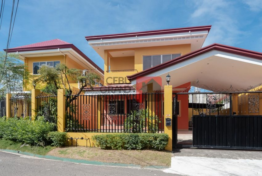 RHSTM3 4 Bedroom House for Rent in Banilad - Cebu Grand Realty (1)