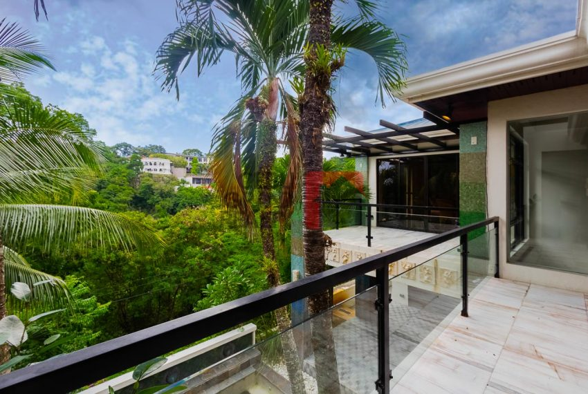 SRBML75 Overlooking 4 Bedroom House for Sale in Maria Luisa Park - Cebu Grand Realty (1)