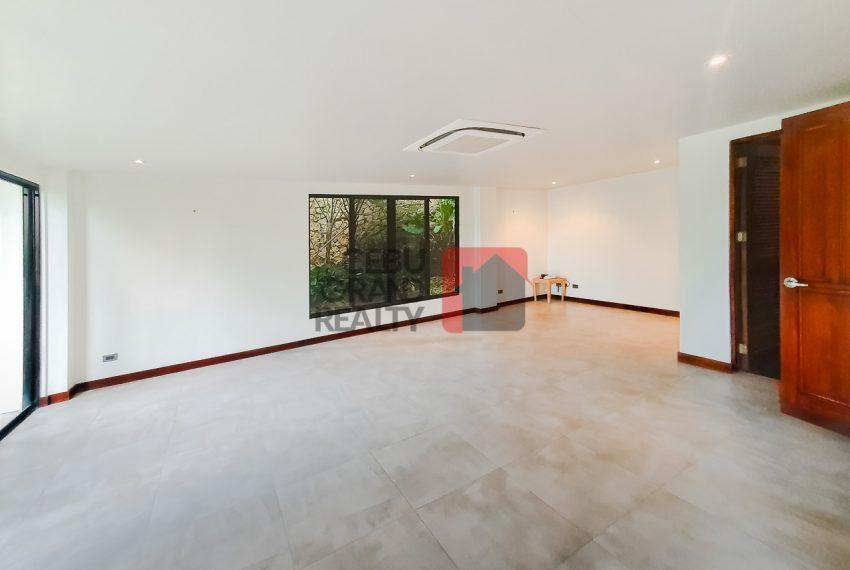 SRBML75 Overlooking 4 Bedroom House for Sale in Maria Luisa Park - Cebu Grand Realty (12)