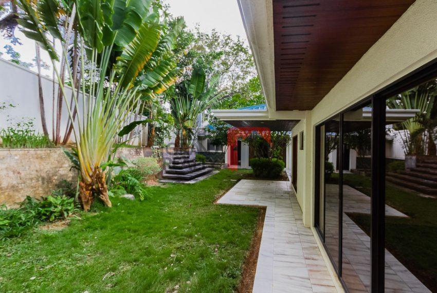 SRBML75 Overlooking 4 Bedroom House for Sale in Maria Luisa Park - Cebu Grand Realty (3)