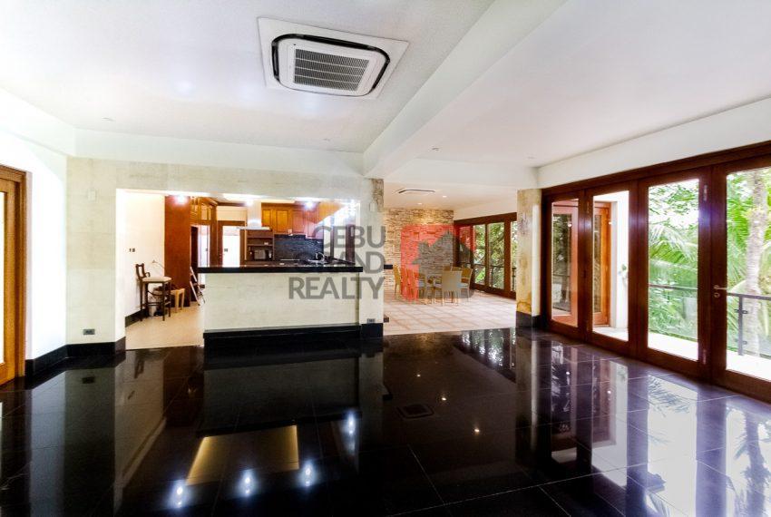 SRBML75 Overlooking 4 Bedroom House for Sale in Maria Luisa Park - Cebu Grand Realty (7)