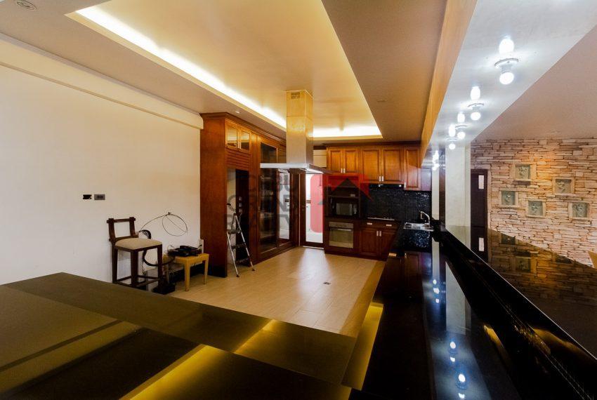 SRBML75 Overlooking 4 Bedroom House for Sale in Maria Luisa Park - Cebu Grand Realty (8)