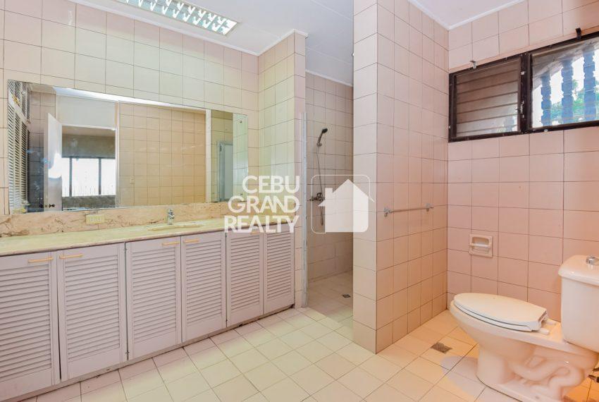 RHBH2 Spacious 5 Bedroom House in Beverly Hills in Lahug - Cebu Grand Realty (10)