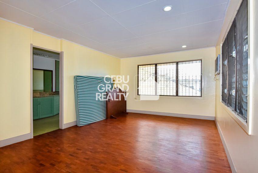 RHBH2 Spacious 5 Bedroom House in Beverly Hills in Lahug - Cebu Grand Realty (11)