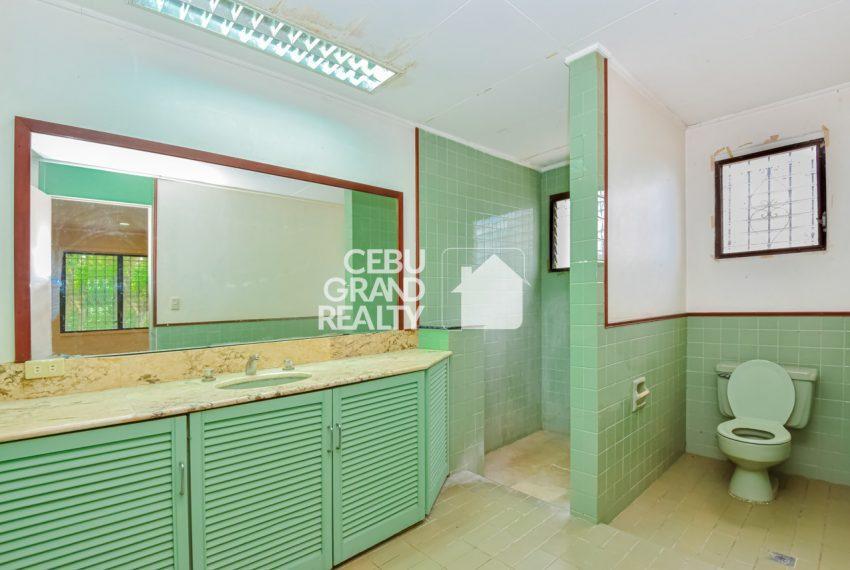 RHBH2 Spacious 5 Bedroom House in Beverly Hills in Lahug - Cebu Grand Realty (12)
