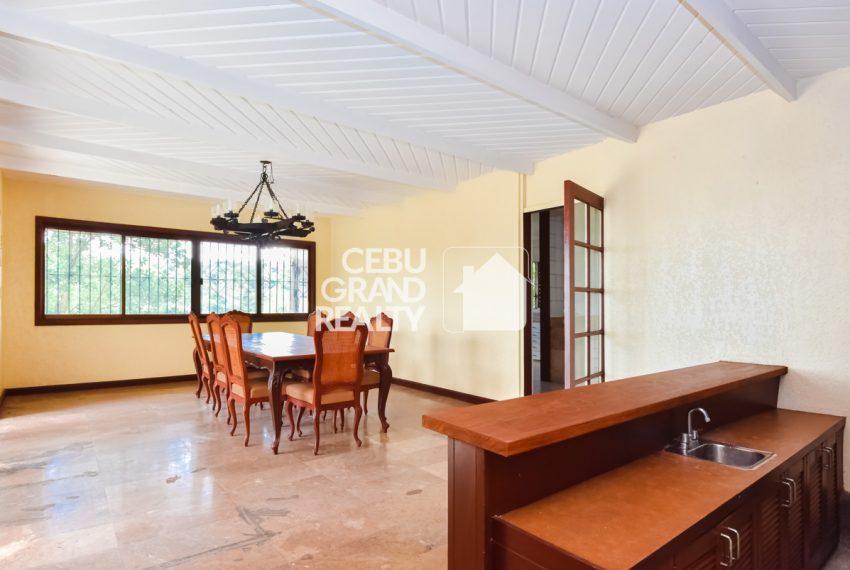 RHBH2 Spacious 5 Bedroom House in Beverly Hills in Lahug - Cebu Grand Realty (13)