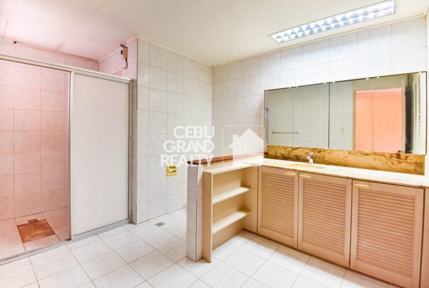 RHBH2 Spacious 5 Bedroom House in Beverly Hills in Lahug - Cebu Grand Realty (5)