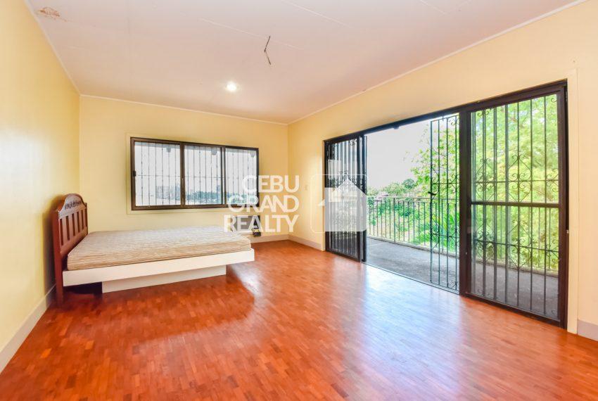 RHBH2 Spacious 5 Bedroom House in Beverly Hills in Lahug - Cebu Grand Realty (7)