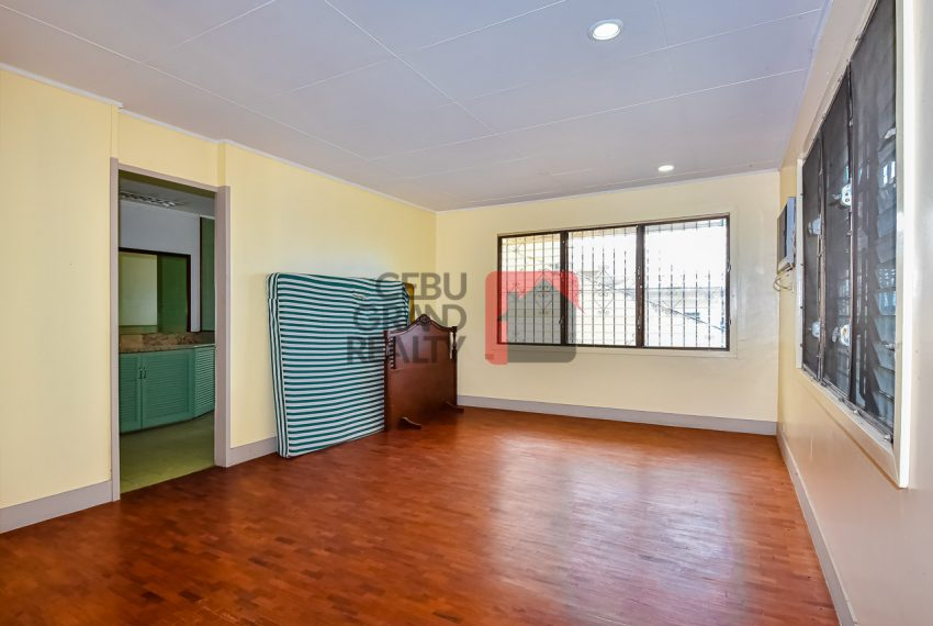RHBH2 Spacious 5 Bedroom House in Beverly Hills in Lahug - Cebu Grand Realty (9)