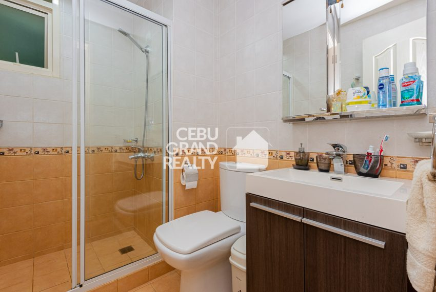 SRBCL6 Furnished 2 Bedroom Condo for Sale in Citylights Gardens - Cebu Grand Realty (12)