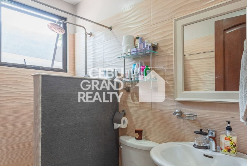 RHSH6 Furnished 5 Bedroom House for Rent in Silver Hills Subdivision- Cebu Grand Realty (16)