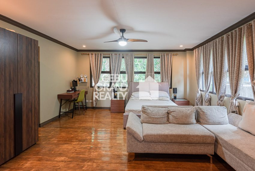 RHSH6 Furnished 5 Bedroom House for Rent in Silver Hills Subdivision- Cebu Grand Realty (8)