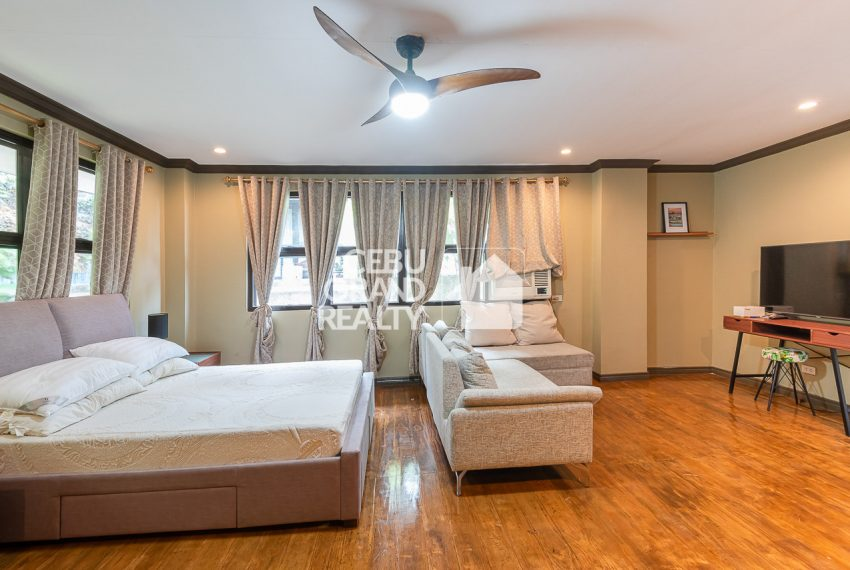 RHSH6 Furnished 5 Bedroom House for Rent in Silver Hills Subdivision- Cebu Grand Realty (9)