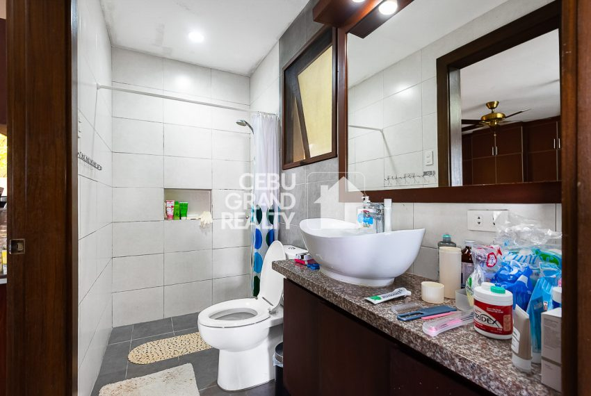 SRBSH3 Overlooking House for Sale in Silver Hills - Cebu Grand Realty (12)