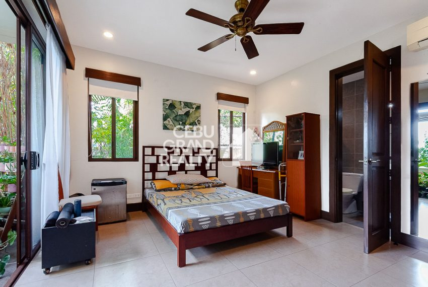 SRBSH3 Overlooking House for Sale in Silver Hills - Cebu Grand Realty (13)