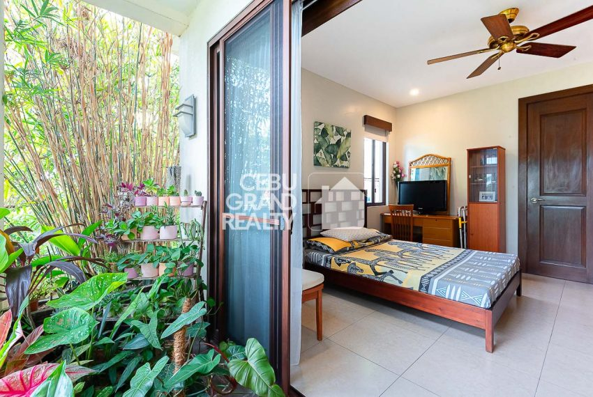 SRBSH3 Overlooking House for Sale in Silver Hills - Cebu Grand Realty (14)