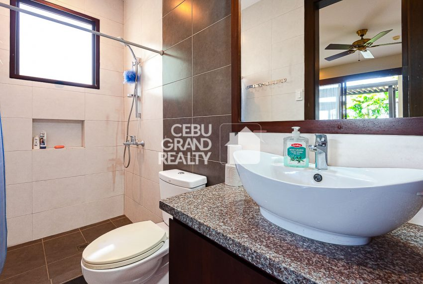 SRBSH3 Overlooking House for Sale in Silver Hills - Cebu Grand Realty (15)